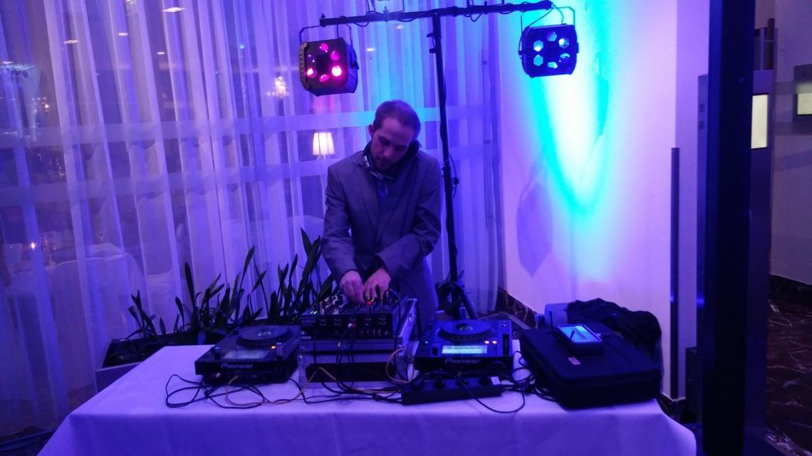 DJ Shinji Ito